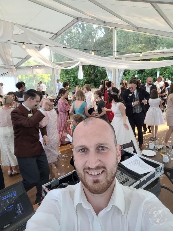 DJ Konferansjer na wesele, poprawiny, imprezę okolicznościową, event, Gorlice - zdjęcie 1