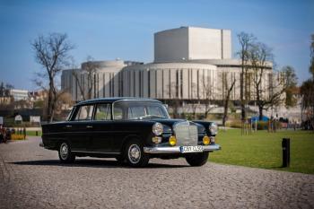 Mercedes Skrzydlak do wynajęcia | Klasykiem do Slubu | Mercedes W110, Samochód, auto do ślubu, limuzyna Ciechocinek