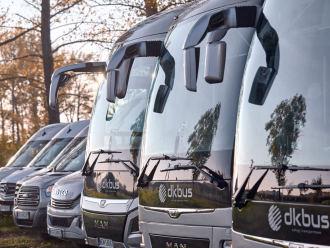 DKbus - nowoczesne autokary i busy ,  Legnica