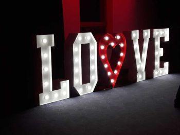 Świecący napis LOVE + serce - na wesele, imprezę, Napis Love Przysucha
