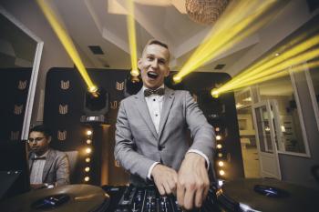 DJ Soundspace - DJ/Konferansjer w dobrym stylu!, DJ na wesele Oleśnica