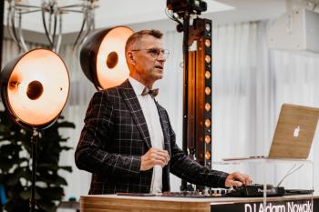 Dj & konferansjer na wesele  Dj Adam Nowak, DJ na wesele Wołów