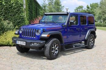 Jeep Wrangler Rubicon , elektryczne stopnie i dach, Samochód, auto do ślubu, limuzyna Piwniczna-Zdrój
