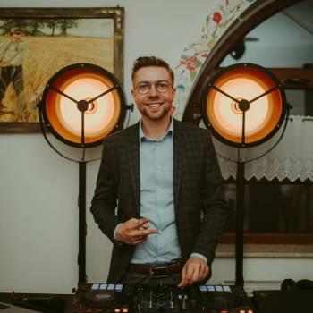DJ SIM - Oprawa Muzyczna / DJ / Konferansjer, DJ na wesele Grabów nad Prosną