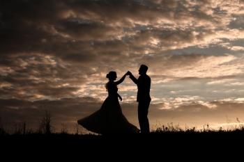 OBIEKTYWNIEPATRZĄC - Naturalna fotografia ślubna, Fotograf ślubny, fotografia ślubna Ostrzeszów