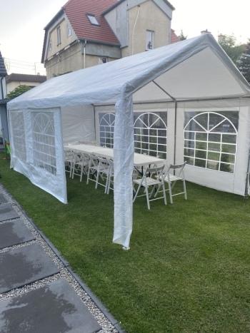 Poprawiny w ogrodzie ,namiot , krzesła stoły , oświetlenie, Wypożyczalnia namiotów Poznań