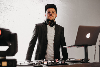 Fresh Events - nowoczesna klasyka - czyli wesele w Twoim stylu, DJ na wesele Międzychód