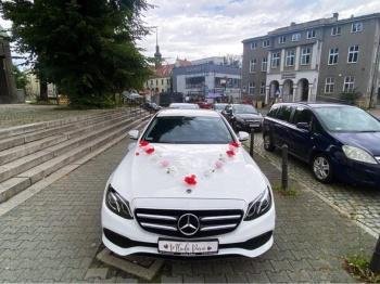 Wynajem auta limuzyny do ślubu wesele Mercedes E klasa szofer kierowca, Samochód, auto do ślubu, limuzyna Strumień