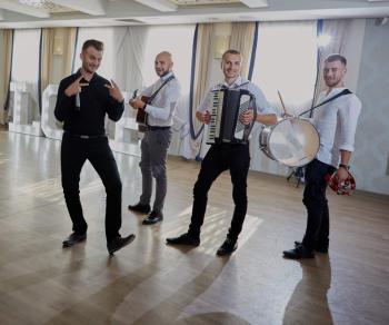 Zespół Tokyo Dance, Zespoły weselne Ustrzyki Dolne