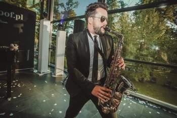 dj KRISTOOF / SAX - muzyk z wykształcenia, dj z zamiłowania, DJ na wesele Skoczów
