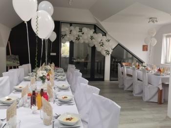 Gospoda Karpacka, sala restauracyjna, wiata, catering wyjazdowy, Sale weselne Cieszanów