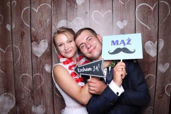 Stylowa Fotobudka na wesele, imprezy firmowe i urodziny.
