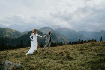 Wedding Memories - kreatywne filmy o miłości i fotografia ślubna, Kamerzysta na wesele Bolesławiec