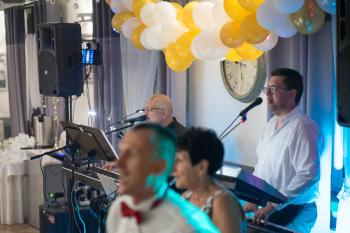 Poza Kontrolą - muzyczny duet na każdą imprezę, Zespoły weselne Słubice