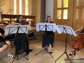 Oprawa muzyczna ślubów- Dominanta quartet,  Rzeszów