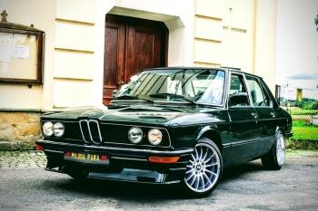 Zabytkowe BMW serii 5 E12 z 1980r., Samochód, auto do ślubu, limuzyna Rybnik