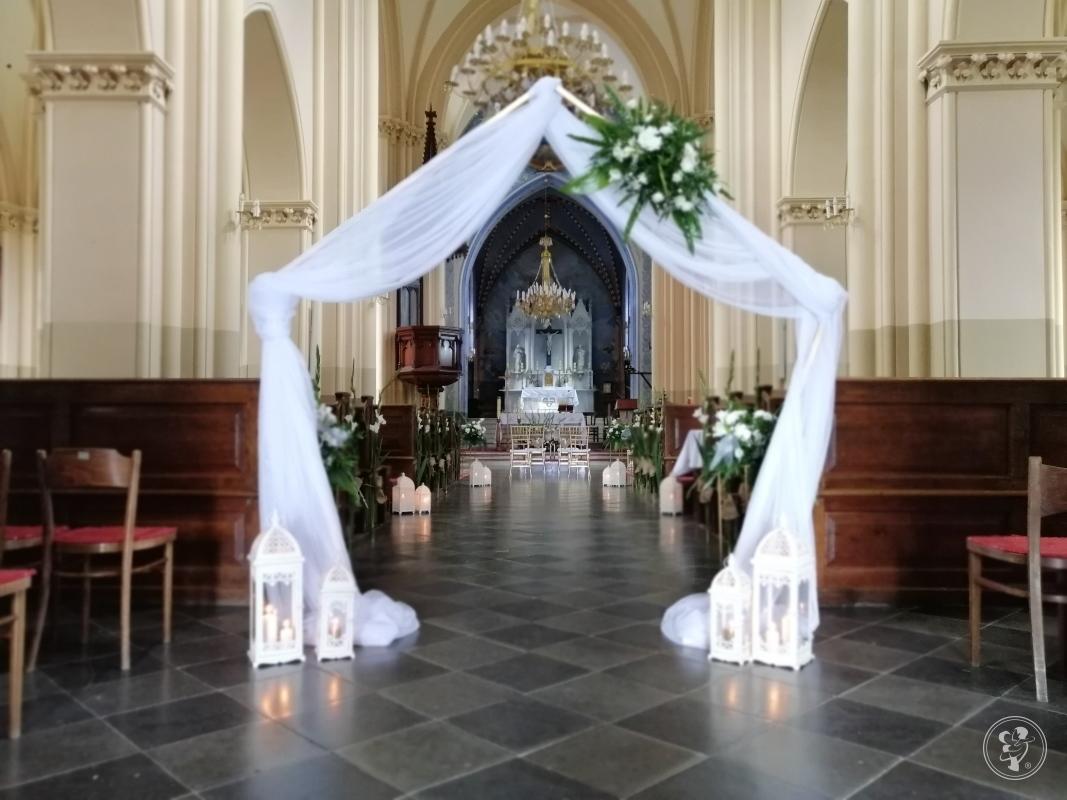 Pracownia Florysyczna Sala weselna kościół samochód bukiety, Nowodwór - zdjęcie 1
