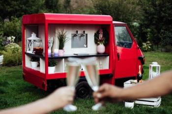 Van Wesele Event Impreza firmowa Urodziny Bar mobilny Piaggio, Barman na wesele Toruń
