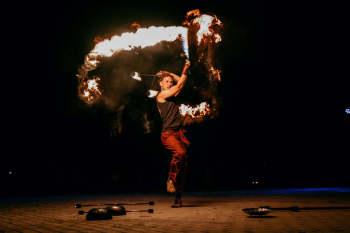 Manipura Teatr Ognia - Pokazy Fireshow, Pirotechnika, Płonące serce, Teatr ognia Nowy Dwór Gdański