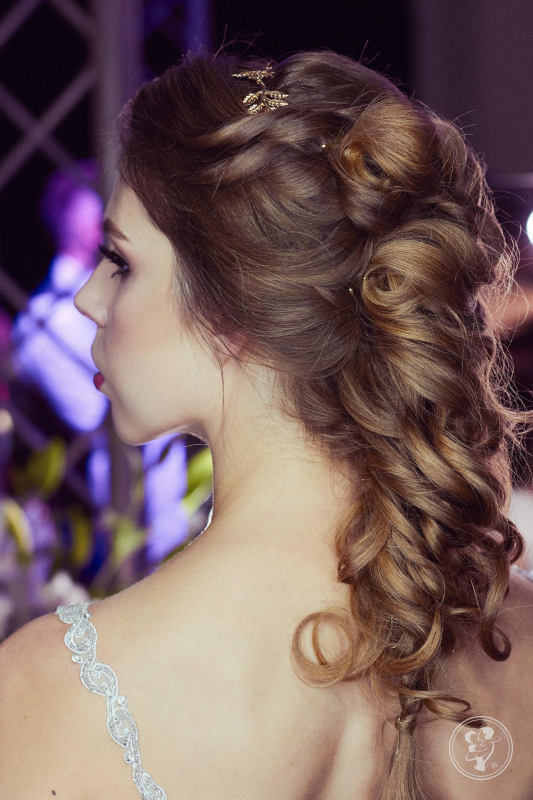 Hairdreamer- love is in the hair. Profesjonalna mobilna fryzjerka, Gdynia - zdjęcie 1