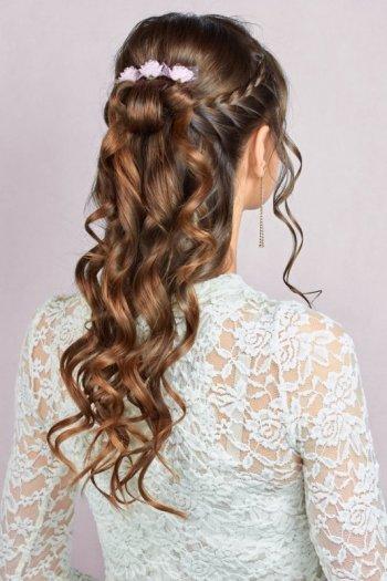 Hairdreamer- love is in the hair. Profesjonalna mobilna fryzjerka