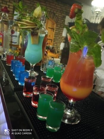 Mobilny ROSEBAR drink na przyjęcia okolicznościowe, Barman na wesele Jastrzębia Góra