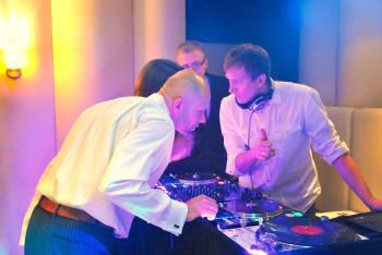 Mixtura - Międzynarodowe Wesela: Dj MC Vj Saksofon Skrzypce ENG RUS FR, DJ na wesele Warszawa