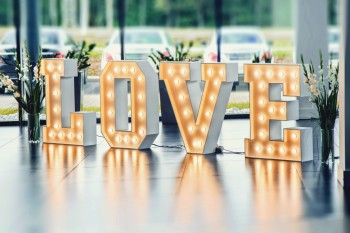 Podświetlany napis LOVE, Napis Love Czersk
