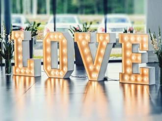 Podświetlany napis LOVE,  Malbork