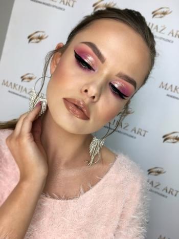 Maja Prenkiewicz Makeup Artist. MAKIJAŻ ŚLUBNY. MAKIJAŻ Z DOJAZDEM., Makijaż ślubny, uroda Błażowa