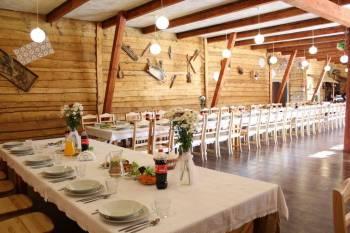 Gospoda pod Kasztanem - wiejskie wesele biesiada, Sale weselne Łochów
