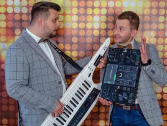 Duet Wodzirejsko-Instrumentalny Gentlemen djs,  Toruń