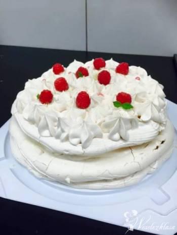 Słodki kącik, ciasta i torty na zamówienie, Słodki stół Węgrów