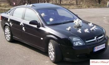 Dekoracje auta w brokacie, Dekoracje ślubne Zelów
