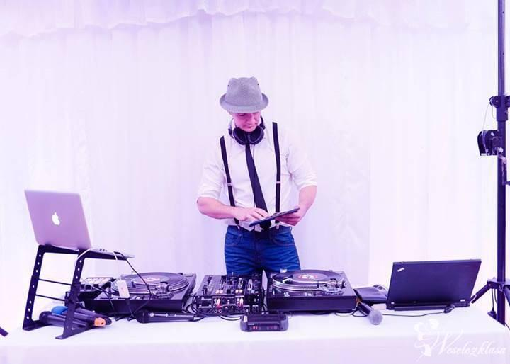 Video DJ na Wesele - miksowanie teledysków na żywo, Kraków - zdjęcie 1