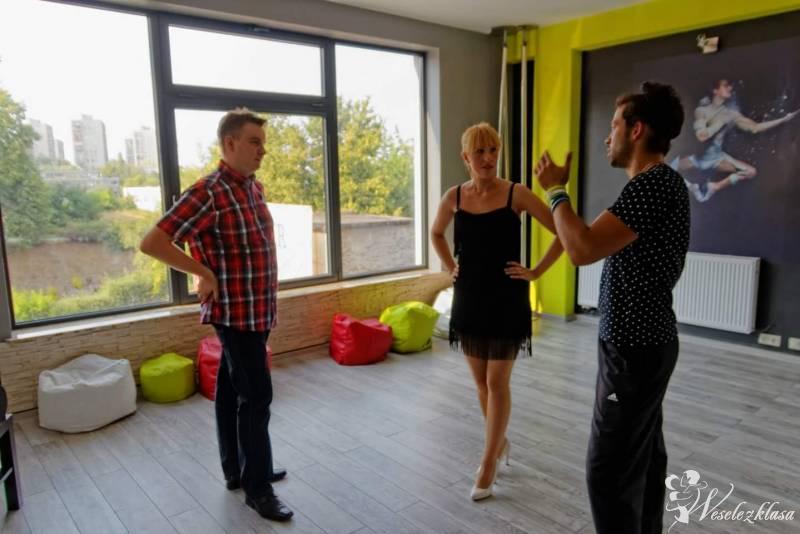 Dance4you - lekcje dla nowożeńców ,pokazy taneczne, Będzin - zdjęcie 1