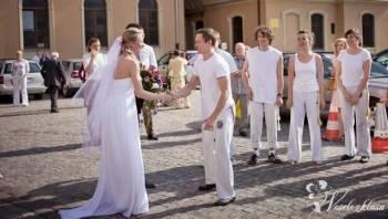 Zamiast tańca - niezwykłe akrobacje i capoeira, Pokaz tańca na weselu Łódź