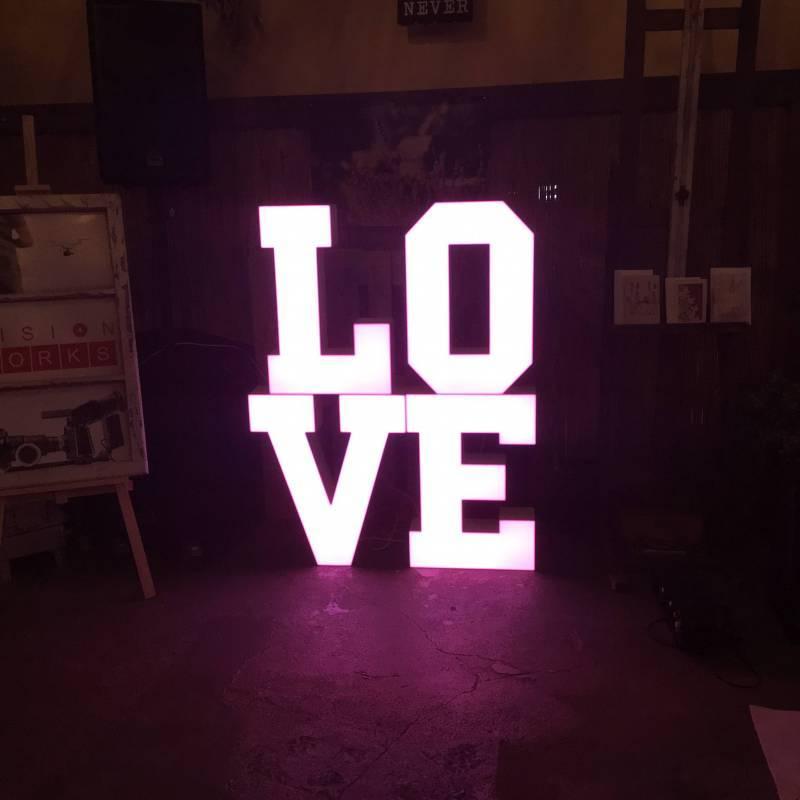 LOVEtrojmiasto   Napisy LOVE na wesela