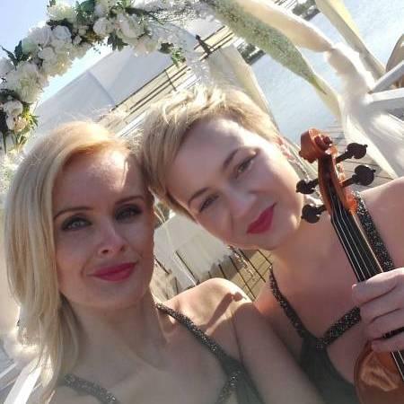 Queens of Violin