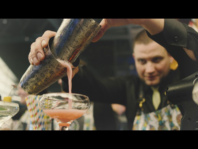 Bar na wesele, bar, profesjonalni barmani, pokaz barmański ślub 2021 - film 1