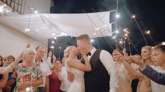 WEDDSTUDIO - Your Love Story. I 4k I Dron I 2 - 4 operatorów. Vid+Foto - film 1