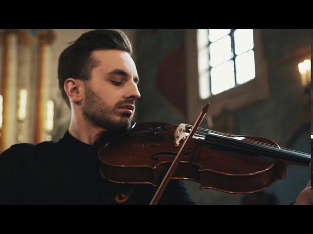 Oprawa muzyczna: kwartet smyczkowy Dobry Ton - film 1