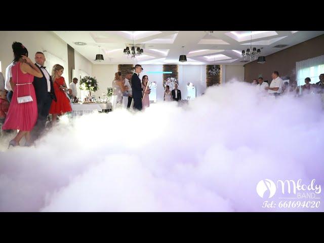 Cięzki dym na pierwszy taniec w chmurach - film 1
