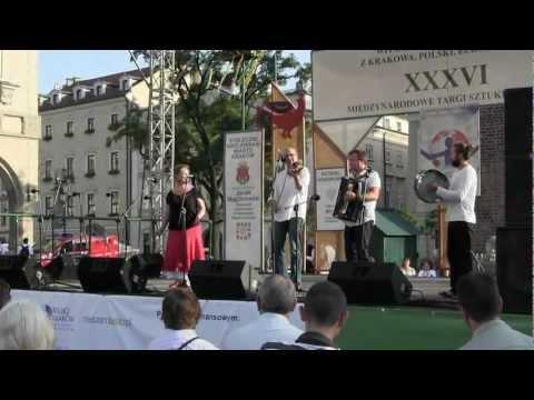 BIESIADA Z KAPELĄ - śpiewamy przy muzyce na żywo! - film 1