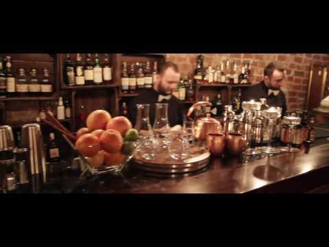 Gentleman's Drink Bar - Oryginalne Drinki, Fontantanna  - film 1