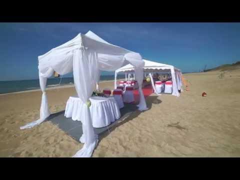 Wynajem profesjonalnych namiotów weselnych, bankietowych - film 1