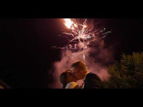 Fotolustro 65 cali, fotobudka, ciężki dym, napis LOVE, bańki, iskry - film 1