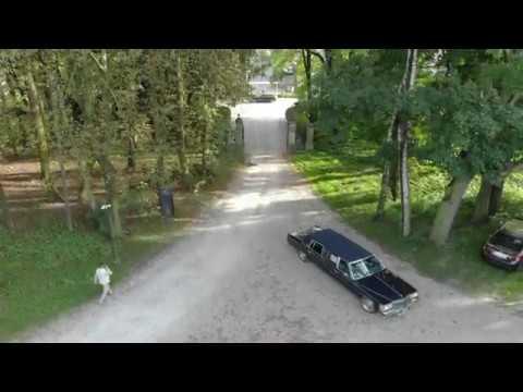 Limuzyna Cadillac DeVille '84 - szyk i elegancja - film 1
